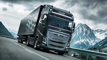 """Volvo FH16"" su ""I-Shift Dual Clutch"" kelyje"